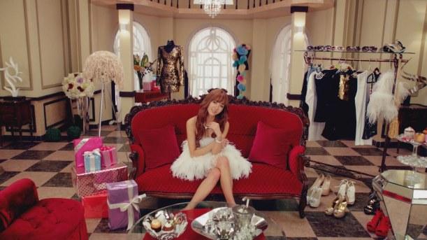 G.NA – Top girl