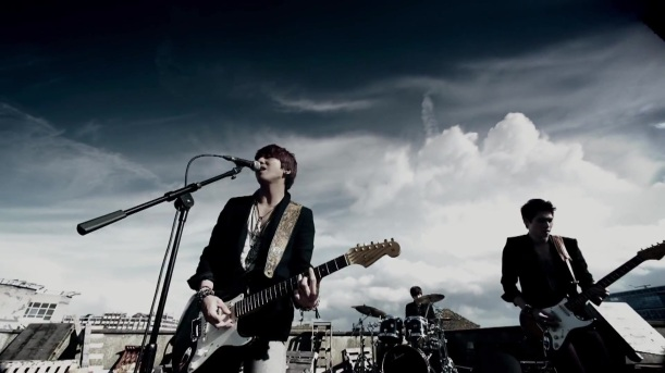 CNBLUE (씨엔블루) – Blind Love (Japanese Ver.)