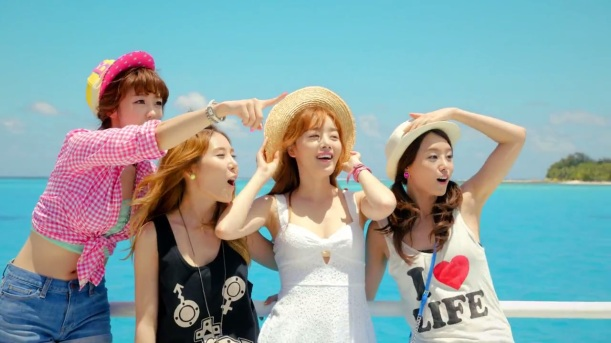 시크릿 (SECRET) - YooHoo M_V.mp4 (0_00_31) 000024