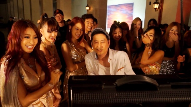 SISTAR(씨스타) - Give It To Me 뮤비 메이킹필름(MV Making Film).mp4 (0_02_57) 000033